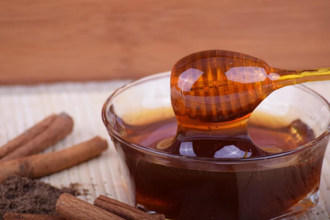 Miód i jego cudowne właściwości kosmetyczne