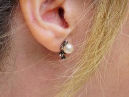 Czyszczenie uszu wodą utlenioną